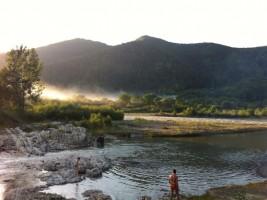 Річка Черемош - культове місце для прихильників рафтингу в Карпатах